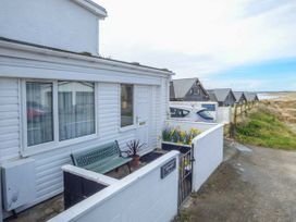 Apartment 2 - Anglesey - 4091 - thumbnail photo 2