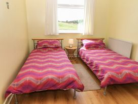 Rhoslan - Anglesey - 4157 - thumbnail photo 12