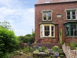Burnside - Whitby & North Yorkshire - 4170 - thumbnail photo 1