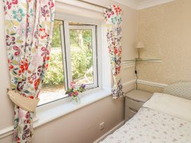 Clover Cottage - South Wales - 4202 - thumbnail photo 10