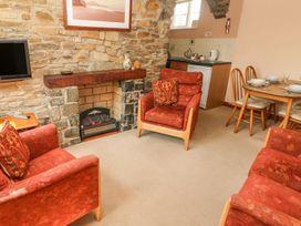 Eynons Cottage - South Wales - 4233 - thumbnail photo 7