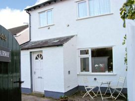 Fairway, Deganwy Cottage - North Wales - 4242 - thumbnail photo 9
