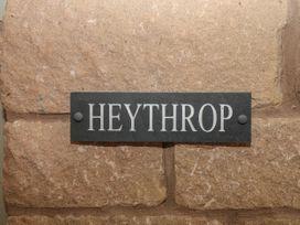 Heythrop - Peak District - 4302 - thumbnail photo 2