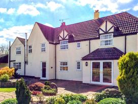 6 bedroom Cottage for rent in Westbury on Severn