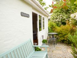 The Duck House - South Wales - 4351 - thumbnail photo 15