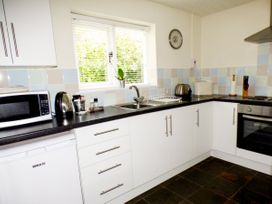 The Duck House - South Wales - 4351 - thumbnail photo 9