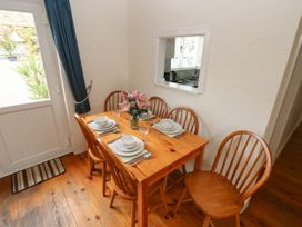 The Duck House - South Wales - 4351 - thumbnail photo 8