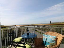 Seascape - Anglesey - 4389 - thumbnail photo 3