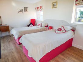 2 Pines Farm Cottages - Whitby & North Yorkshire - 4457 - thumbnail photo 11