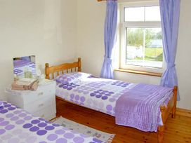 Sea View Cottage - County Clare - 4639 - thumbnail photo 7