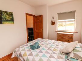 Sea View Cottage - County Clare - 4639 - thumbnail photo 15