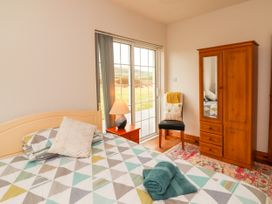Sea View Cottage - County Clare - 4639 - thumbnail photo 18