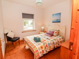 Sea View Cottage - County Clare - 4639 - thumbnail photo 19