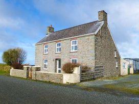4 bedroom Cottage for rent in St David's