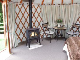 The Lakeside Yurt - Cotswolds - 6017 - thumbnail photo 3