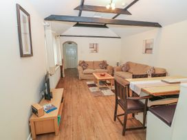 Peardrop Cottage - Lincolnshire - 6059 - thumbnail photo 9