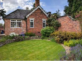 3 bedroom Cottage for rent in Ashbourne