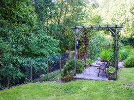 2 Llawrcoed Isaf - Mid Wales - 6745 - thumbnail photo 7