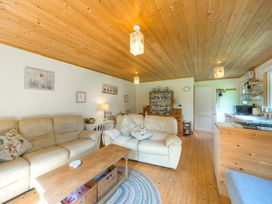 The Log Cabin - Shropshire - 6749 - thumbnail photo 7