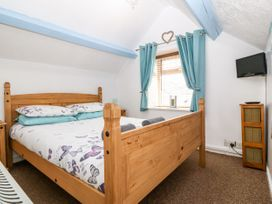 The Annexe - Anglesey - 7078 - thumbnail photo 14