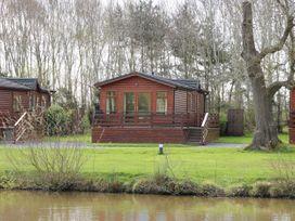 Oak Lodge - Shropshire - 7934 - thumbnail photo 2