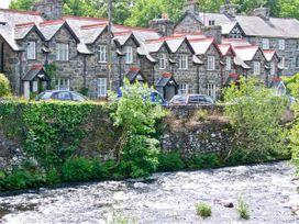 Trevlyn - North Wales - 7997 - thumbnail photo 13