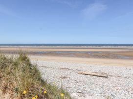 Beach Bungalow - North Wales - 8086 - thumbnail photo 29