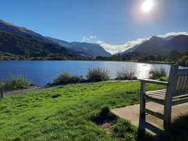 Halford Hill - North Wales - 884 - thumbnail photo 37