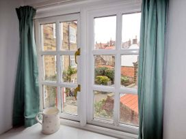 Brincliffe Cottage - Whitby & North Yorkshire - 903579 - thumbnail photo 9