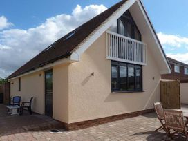 2 bedroom Cottage for rent in Canterbury