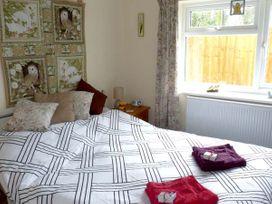 Sunshine Lodge - Somerset & Wiltshire - 903836 - thumbnail photo 6