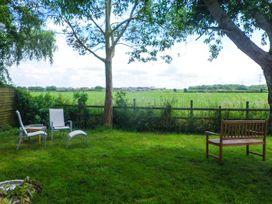 Sunshine Lodge - Somerset & Wiltshire - 903836 - thumbnail photo 2