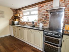 Ffynnonlwyd Cottage - South Wales - 904205 - thumbnail photo 8