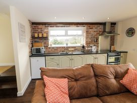 Ffynnonlwyd Cottage - South Wales - 904205 - thumbnail photo 7