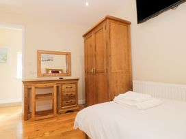 Ffynnonlwyd Cottage - South Wales - 904205 - thumbnail photo 11