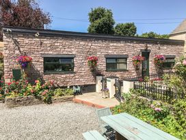 Ffynnonlwyd Cottage - South Wales - 904205 - thumbnail photo 15