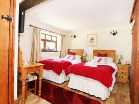Nightingale Cottage - Whitby & North Yorkshire - 904210 - thumbnail photo 20