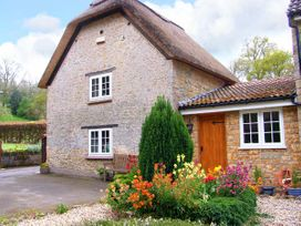 The Thatch - Somerset & Wiltshire - 904902 - thumbnail photo 1