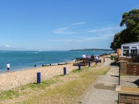 West Sea View No 4 - Isle of Wight & Hampshire - 905106 - thumbnail photo 3