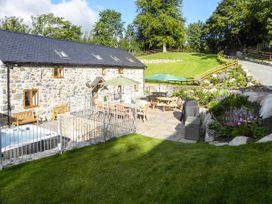 Castell Courtyard - North Wales - 905109 - thumbnail photo 47