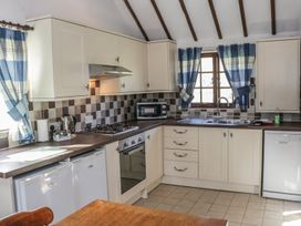 The Stablings Cottage - Mid Wales - 906083 - thumbnail photo 8