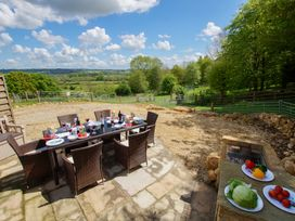 Beautiful Cotswold View - Cotswolds - 906109 - thumbnail photo 14