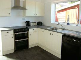 Sea View Cottage - Anglesey - 906524 - thumbnail photo 5