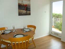 Sea View Cottage - Anglesey - 906524 - thumbnail photo 6