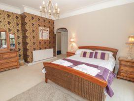 Richmond Hall - North Wales - 906816 - thumbnail photo 30