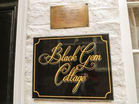 Black Gem Cottage - Whitby & North Yorkshire - 911974 - thumbnail photo 2