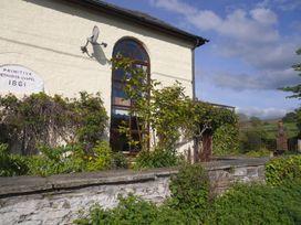 Rhulen Old Chapel - Mid Wales - 911994 - thumbnail photo 20