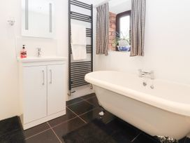 Dovetail Cottage - North Wales - 912854 - thumbnail photo 15