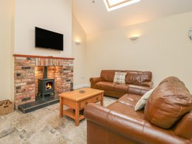 Pear Tree Cottage - Whitby & North Yorkshire - 913077 - thumbnail photo 2