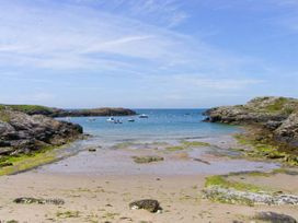 Bryn Gors - Anglesey - 913138 - thumbnail photo 26